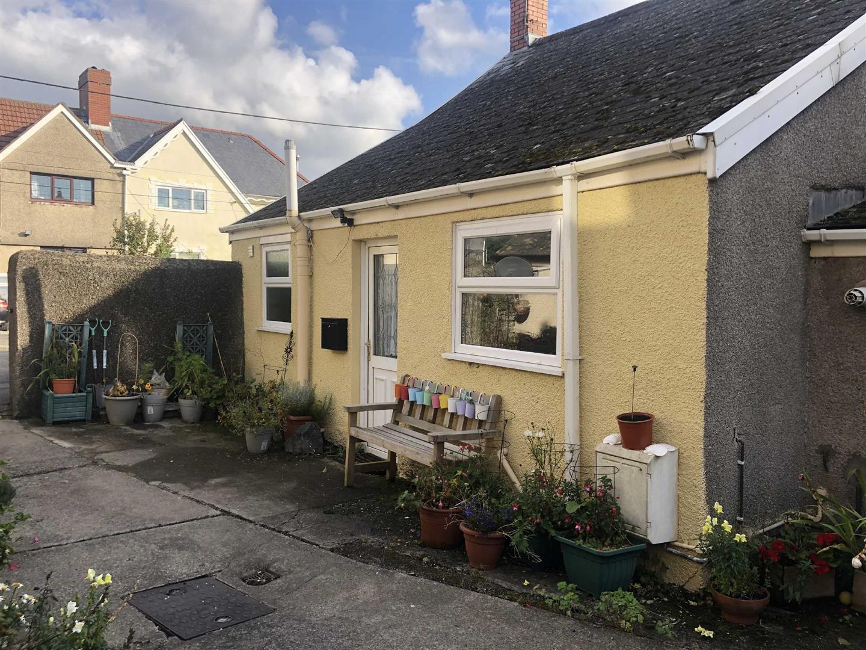 Plas Houses, Grovesend, Swansea, SA4 4WQ